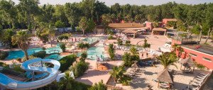 espace-aquatique-camping-les-vagues-sandaya-toboggans-vacance